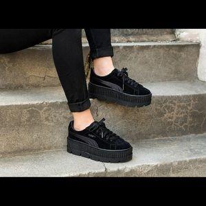 Puma Shoes - Puma NEW Fenty suede cleated creeper black Rihanna bef41e500ae